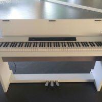 高田馬場レンタルスタジオにある電子ピアノ