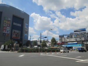 高田馬場はアクセス良好。山手線、東西線、西武新宿線の3路線が通っています。