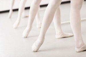 高田馬場 ペガサス スタジオ は バレエ用床 です。