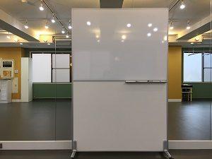 高田馬場 レンタルスタジオの 無料 備品 ホワイトボード